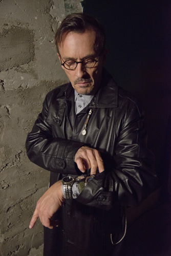 Interview: Arrow guest star Robert Knepper takes time to discuss his role as The Clock King.