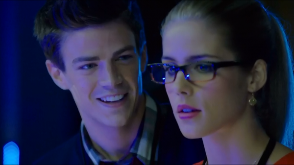 Arrow Bluray Grant Gustin Emily Bett 01