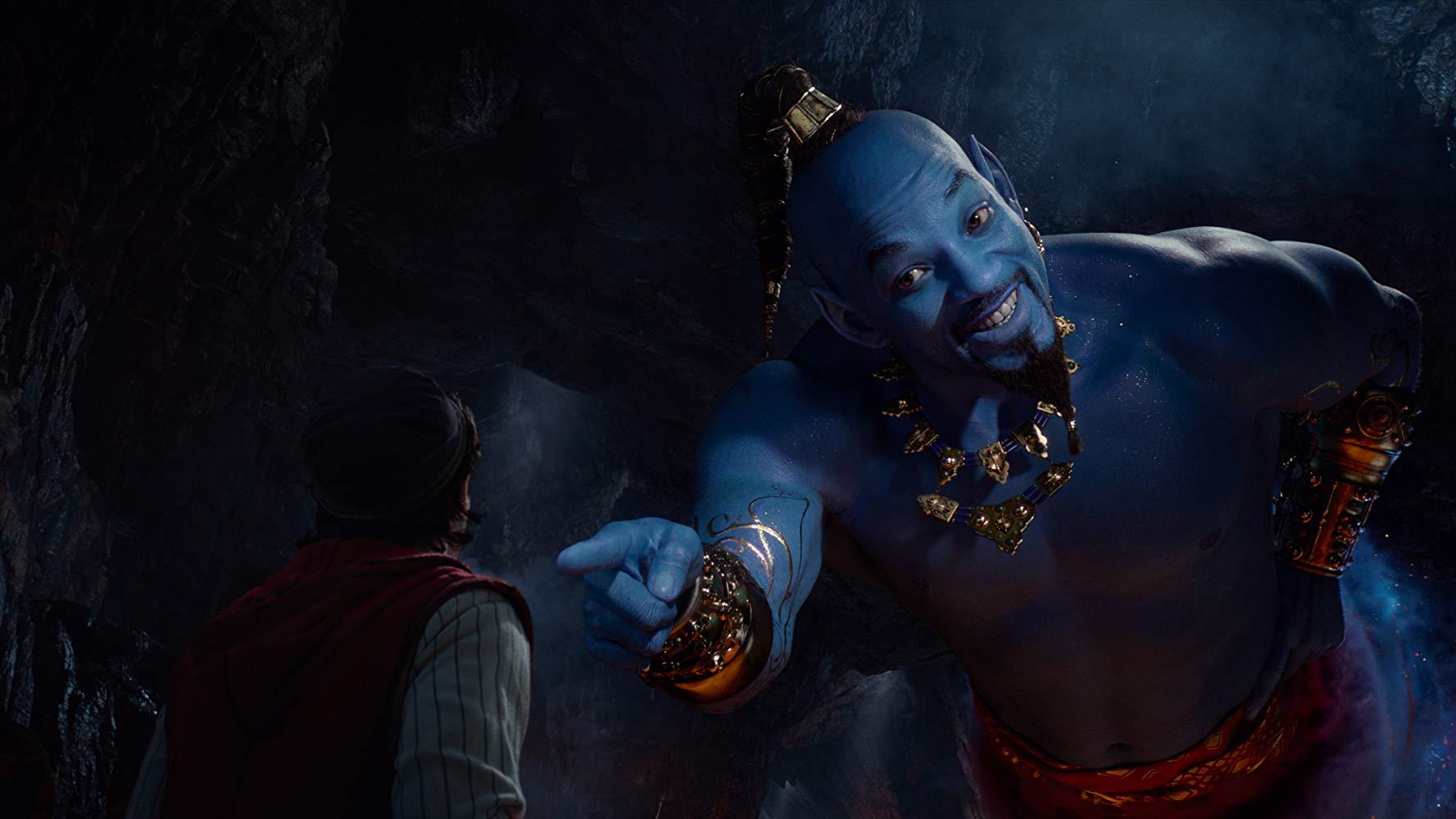 Mena Massoud and Will Smith in Aladdin