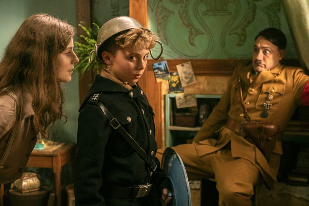 Thomasin McKenzie, Roman Griffin Davis and Taika Waititi in Jojo Rabbit