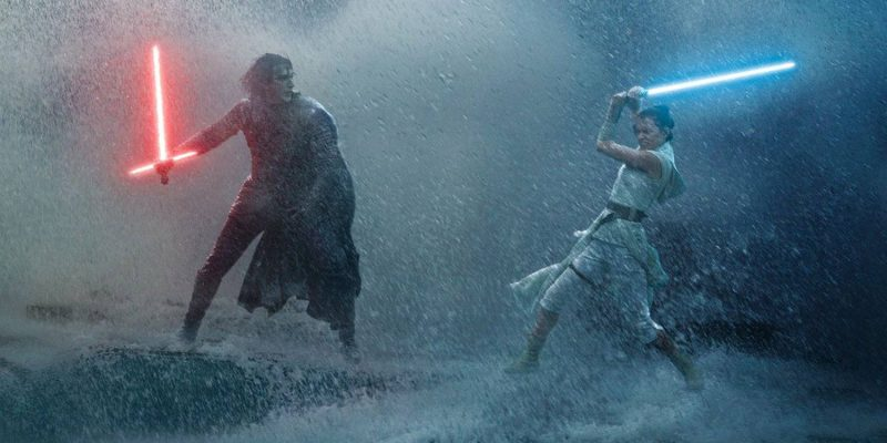 Adam Driver and Daisy Ridley in Star Wars: The Rise of Skywalker