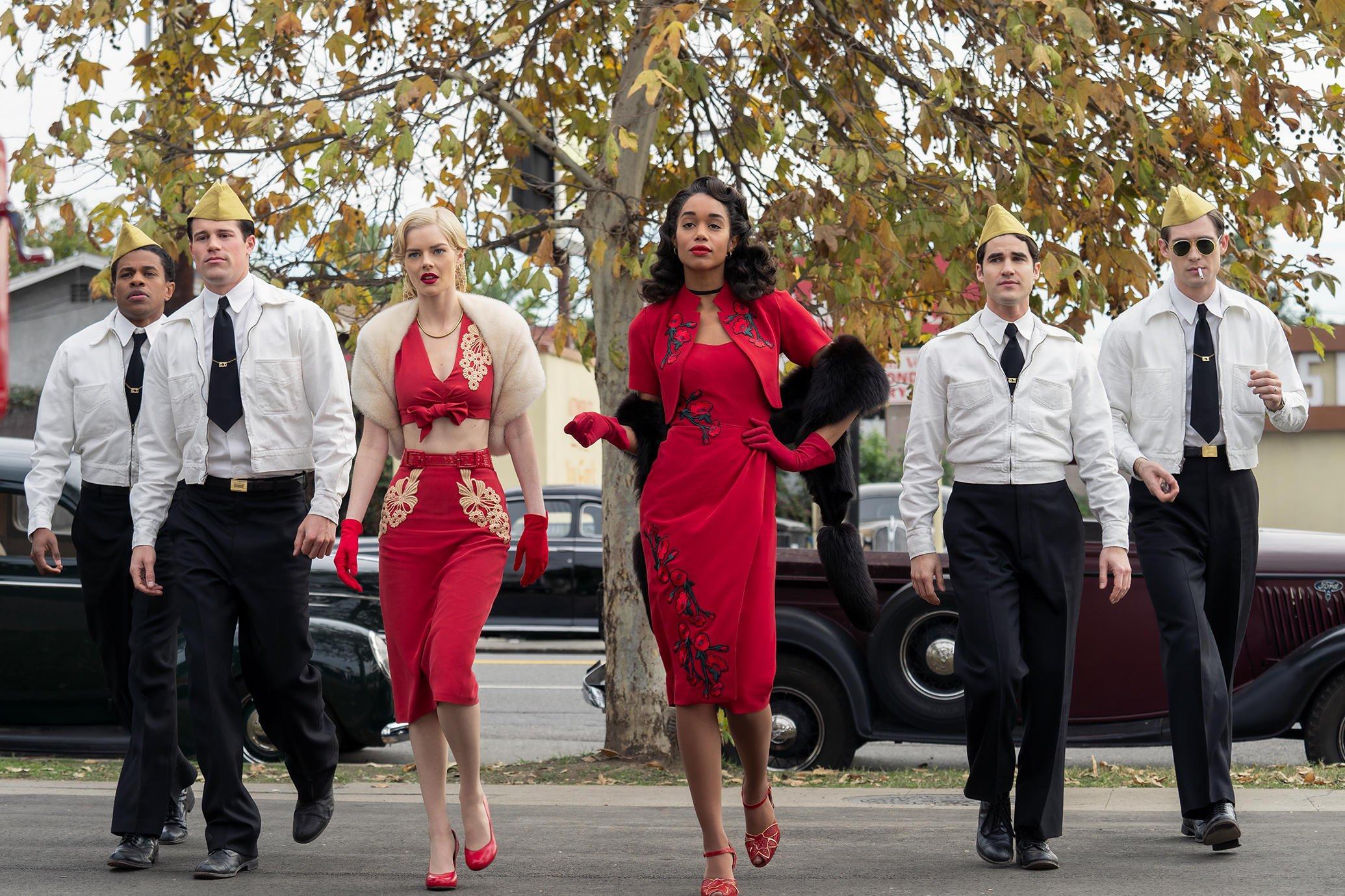 Jeremy Pope, Jake Picking, Samara Weaving, Laura Harrier, Darren Criss and David Corenswet in HOLLYWOOD