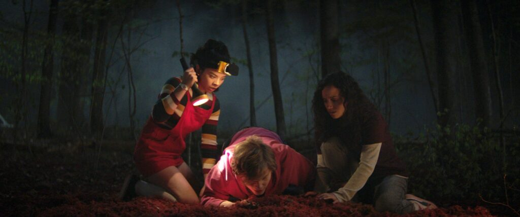 Julia Rehwald, Fred Hechinger and Kiana Madeira in FEAR STREET PART 1: 1994