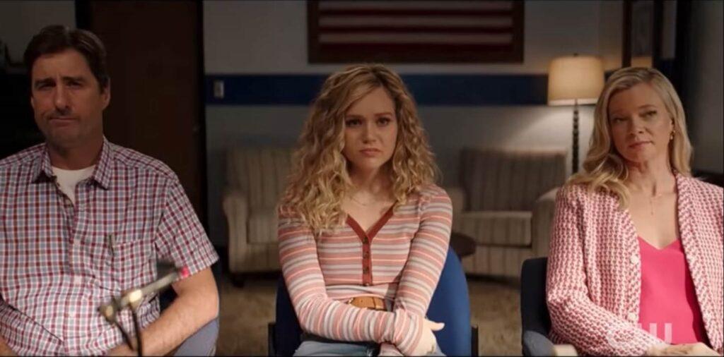 Stargirl Season 2 Bec Bassinger Luke Wilson Amy Smart